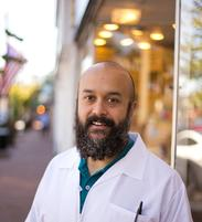 Eric Schrauwen, Pharmacist